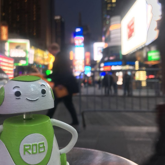 Rob Sparke - After a full day of meetings in New York, it's time to explore. #whereisrobsparke