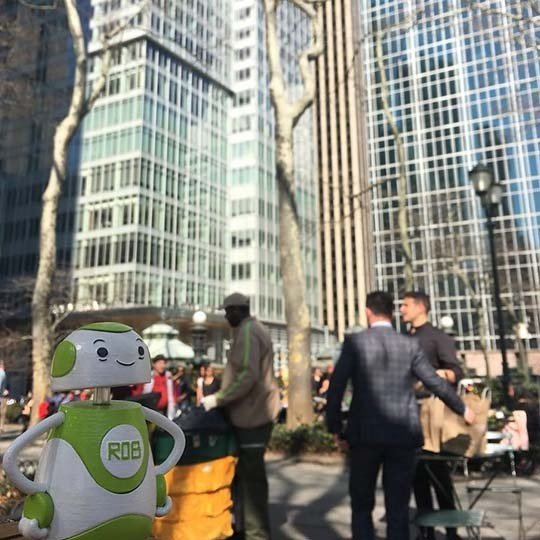 Rob Sparke - Awesome weather in Bryant Park today. #whereisrobsparke